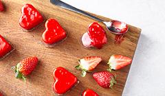 Malinowe serduszka - łączymy wszystkie elementy ciasteczek