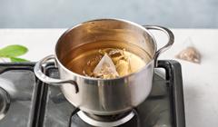 Orientalna zupa z makaronem - gotujemy wywar