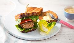 Studencki hamburger z ciecierzycą - smażymy chleb