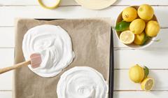 Bezowy tort cytrynowy - Suszymy bezę
