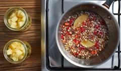 Chutney z ananasa - Gotujemy do zgęstnienia