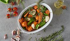 Przepis na kurczaka w ziołach- pieczemy warzywa