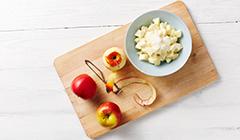 Ciasto z jabłkami i orzechami - przygotowujemy jabłka