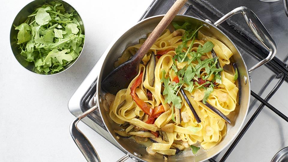 Tagliatelle - mieszamy makaron z warzywami
