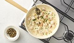Makaron z kurczakiem i mascarpone - doprawiamy sos