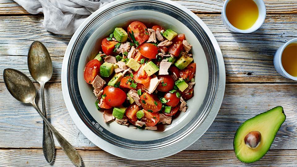 Sałatka z awokado i tuńczyka Kuchnia Lidla -> Kuchnia Francuska Kremowy Mus Z Tunczyka