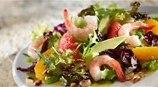 Cytrusowa sałatka z krewetek i awokado