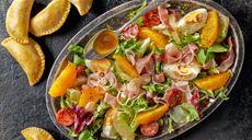 Mięsno-serowe empanadas z warzywami