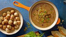 Zupa cebulowa z pulpecikami