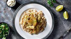 Kurczak w kiszonej kapuście z curry