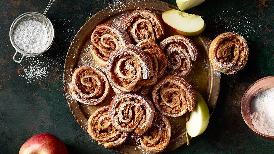 Ślimaczki z jabłkami i cynamonem z ciasta francuskiego