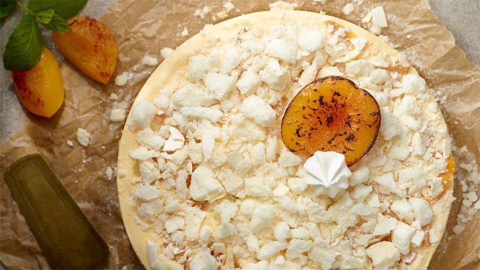 http://kuchnialidla.pl/product/tort-bezowy-z-likierem-jajecznym