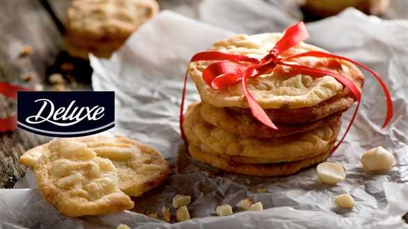 Ciasteczka macadamia z białą czekoladą