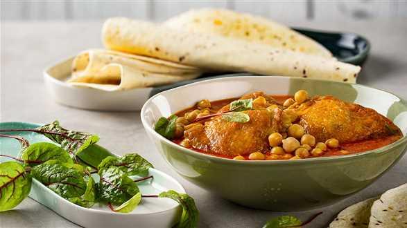 Curry z kurczaka z ciecierzycą