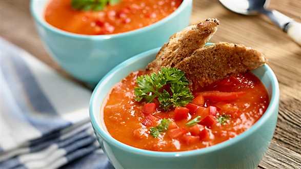Chłodnik z pomidorów i papryki