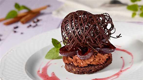 Deser śliwkowo-czekoladowy