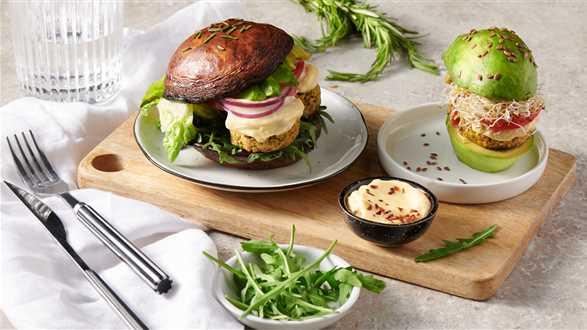 Wegański falafel burger z portobello