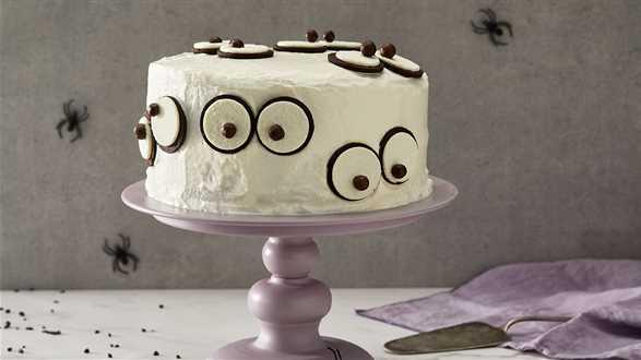 Halloweenowe ciasto z niespodzianką
