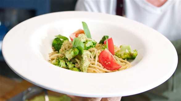 Spaghetti z pesto z brokułu