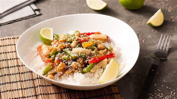 Stir-fry z ciecierzycy z ryżem