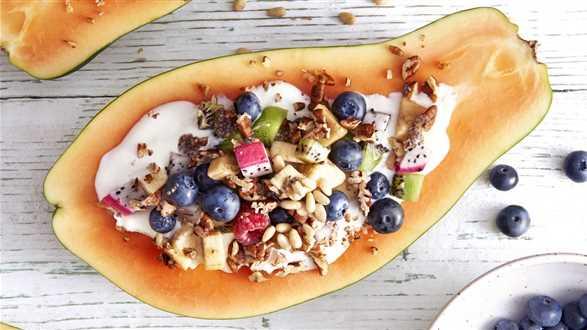 Papaya bowl z kremem jogurtowym