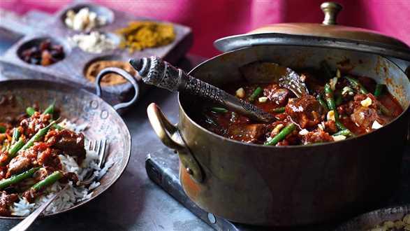 Curry z jagnięciny z fasolką