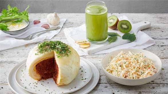 Zielony sok z kapusty i owoców