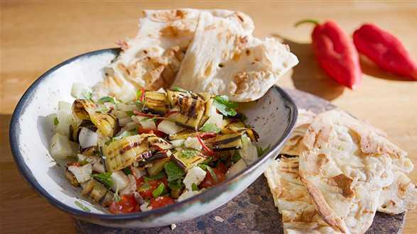 Orientalna sałatka z bakłażana