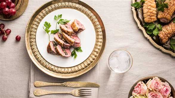 Piersi kaczki faszerowane pieczarkami i serem pleśniowym