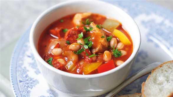 Serbska zupa fasolowa