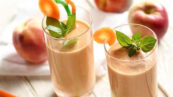 Koktajl brzoskwiniowo-marchewkowy