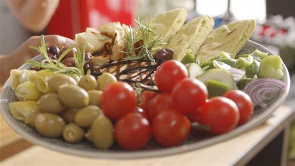 Meze – grecki talerz przystawek