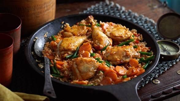 Kurczak z ryżem w pomidorach (jollof)