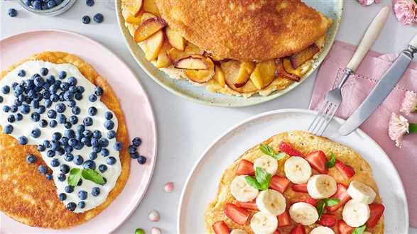 Omlet biszkoptowy z owocami na 3 sposoby