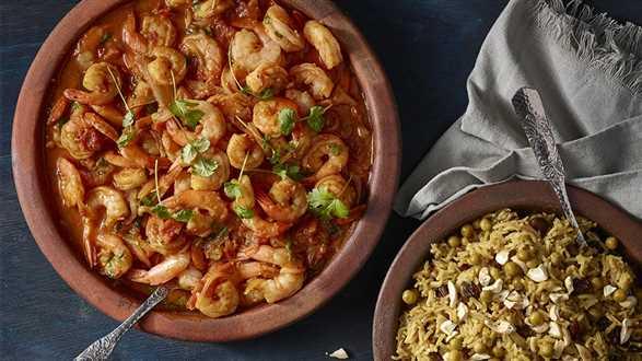 Krewetki w sosie pachnącym Indiami z ryżem basmati