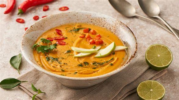 Zupa kokosowo-imbirowa z esencją kolendrową