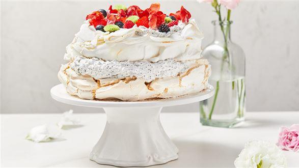 Wegański tort bezowy