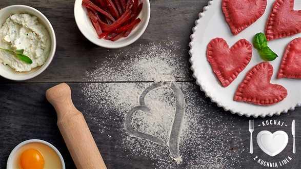 Walentynkowe ravioli z burakiem i fetą