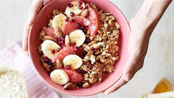 Śniadaniowy bowl z grejpfrutem