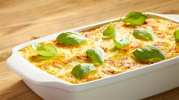 Lasagne z mozzarellą i suszonymi pomidorami