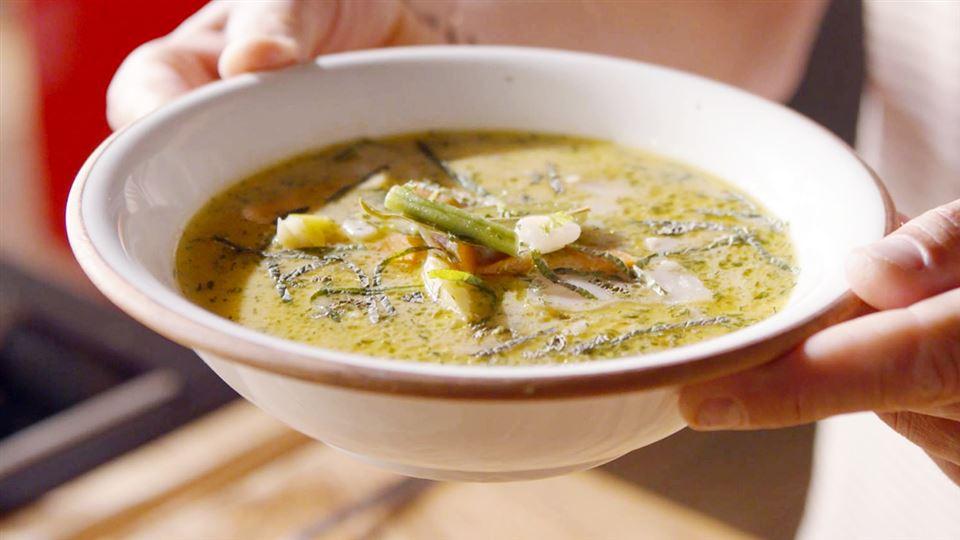 Zupa Fasolowa Z Botwina I Mlodymi Ziemniakami Przepis Kuchnia Lidla