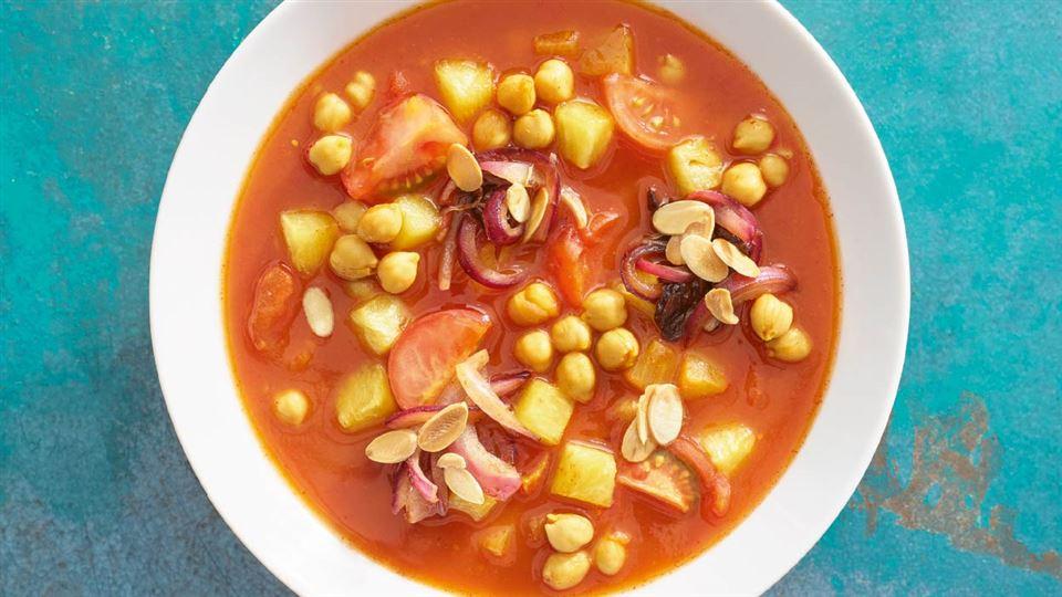 Zupa Pomidorowa Z Ciecierzycą I Ananasem