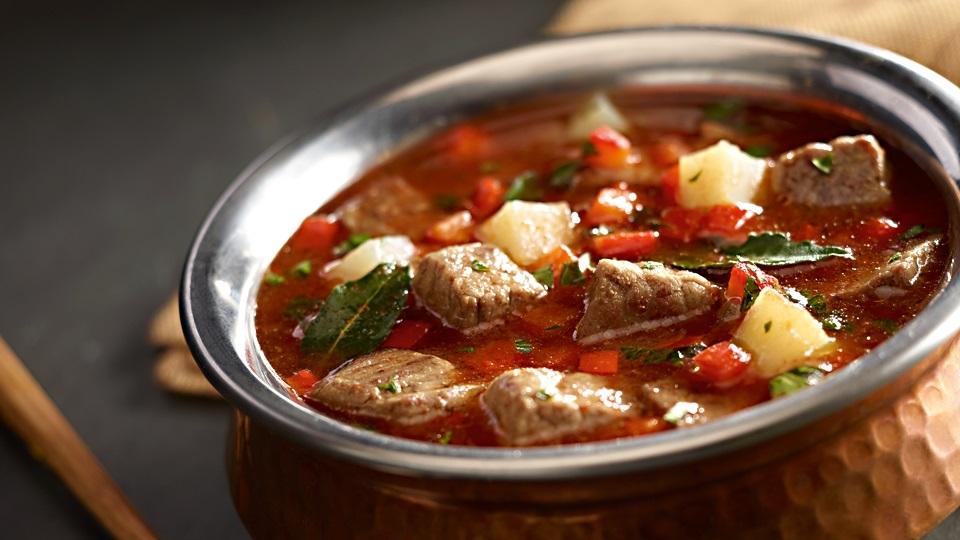 Zupa Gulaszowa Z Kminkiem I Pieczona Papryka Przepis Kuchnia Lidla