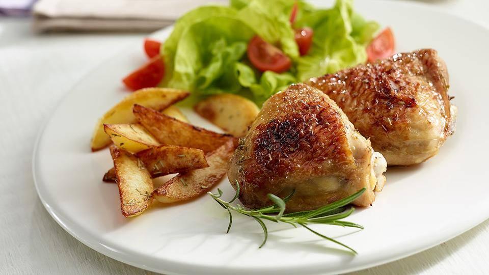 Udka Kurczaka Z Cytryna Miodem I Zapiekanymi Ziemniakami