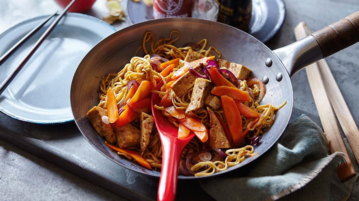Pad thai z tofu i imbirem