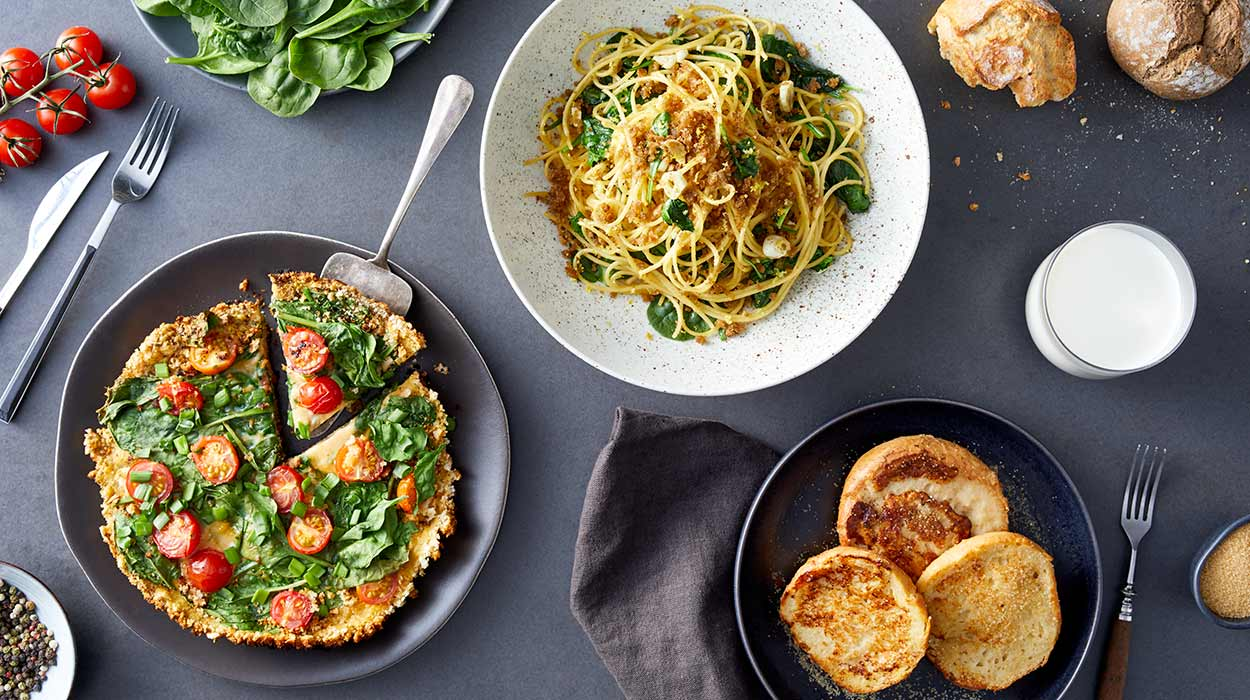 Czerstwy chleb na 3 sposoby: tarta, spaghetti i bułka na mleku