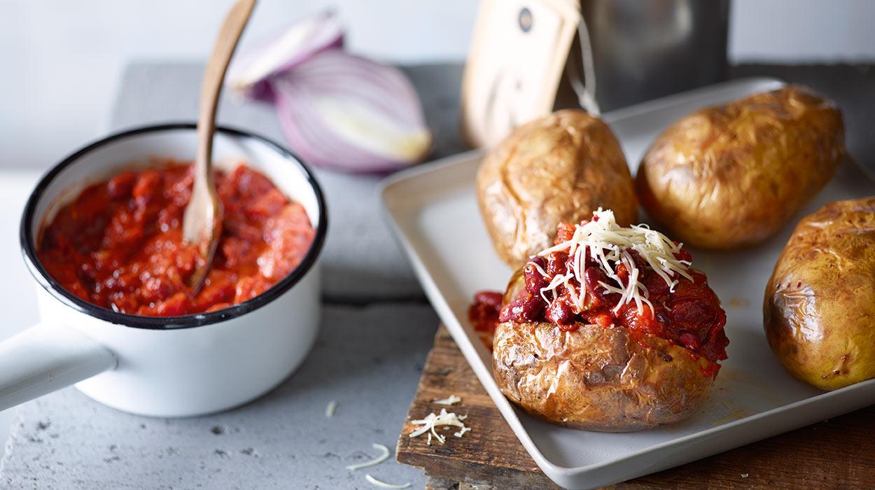 Ziemniak pieczony w łupinie z szybkim chilli