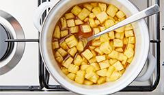 Karmelizujemy ananasa
