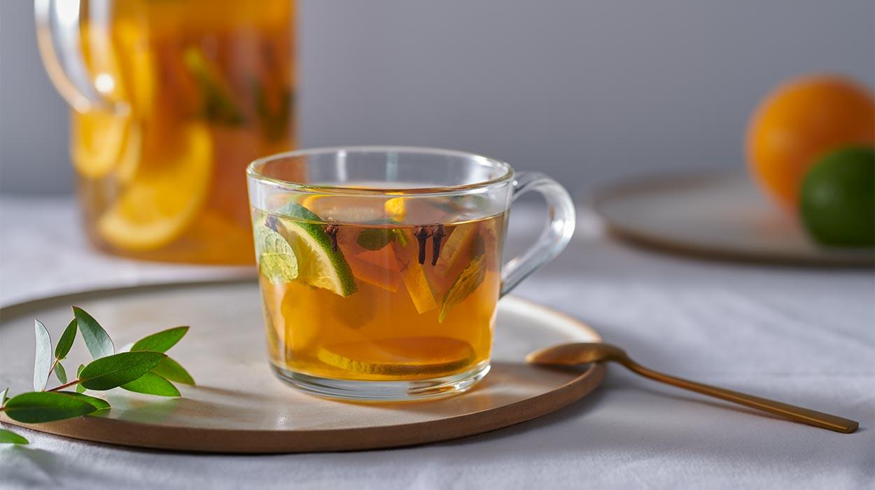 Cytrusowo-korzenna herbatka całodzienna
