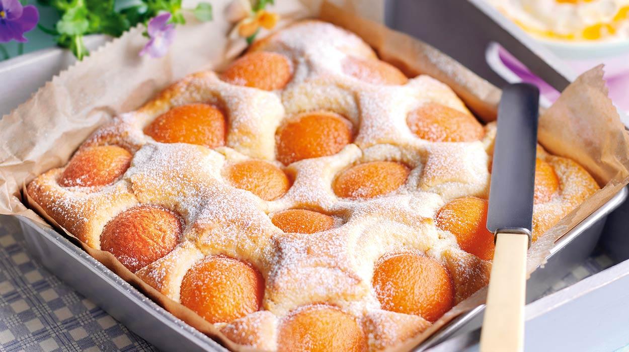 Ciasto migdałowe z morelami